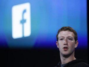 Mark Zuckerberg, fundador y CEO de Facebook, habló con la prensa del mundo el jueves en una conferencia telefónica en la que aceptó su responsabilidad frente a la situación