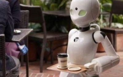Personas con parálisis pueden trabajar de meseros en Tokio gracias a robots