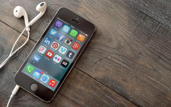 ¿Qué provocó el apagón mundial de Facebook, WhatsApp e Instagram?